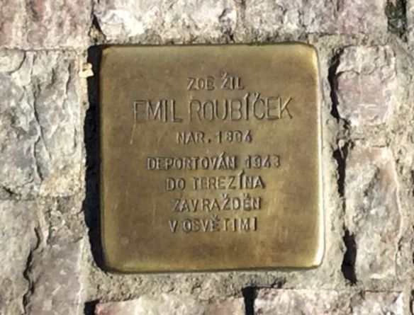 Holocaust plaque