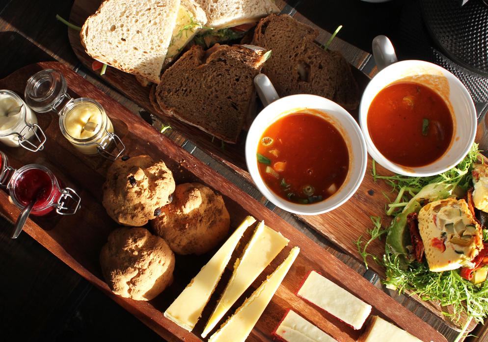 Grand Café Khotinsky Energiehuis Dordrecht centum hotspot industrieel high tea review