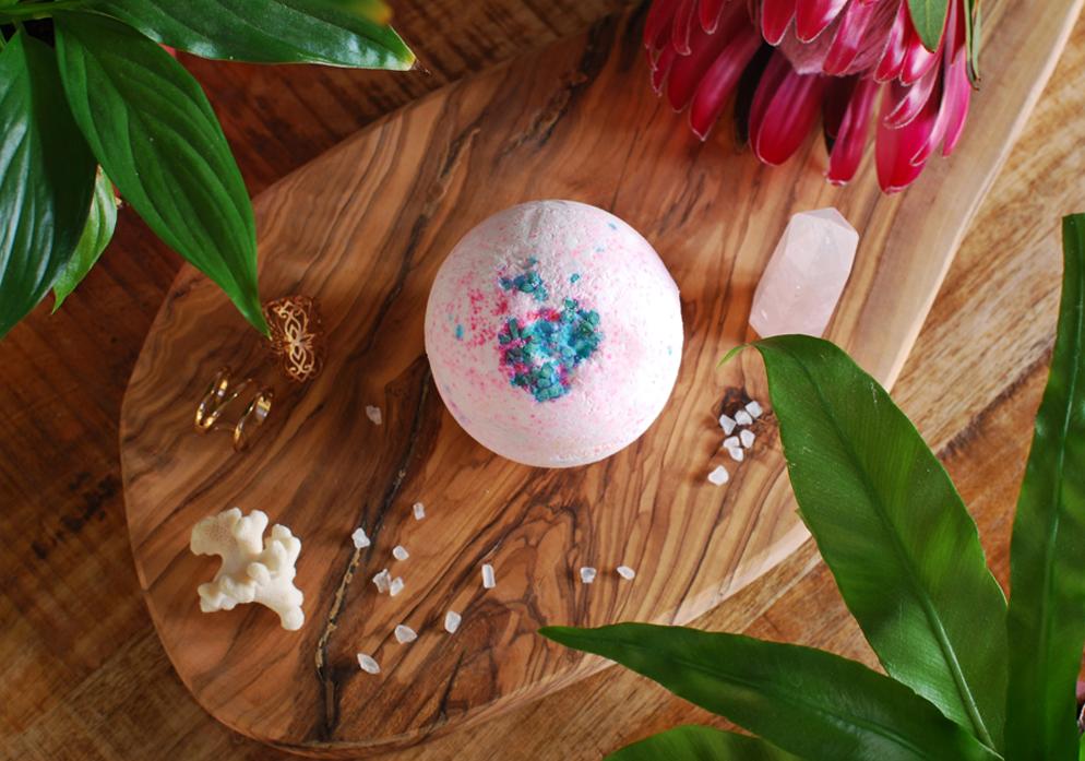 Valentine Gift Guide - Lush Sakura Bath Bomb