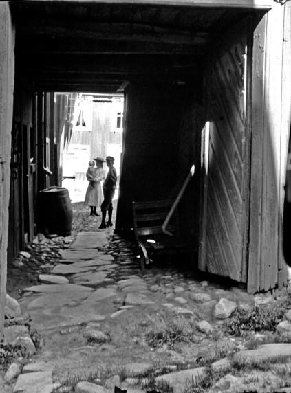 1908, 28 juni, gård i Marstrand