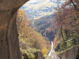 Blick von der Mendelbahn auf die Talstation