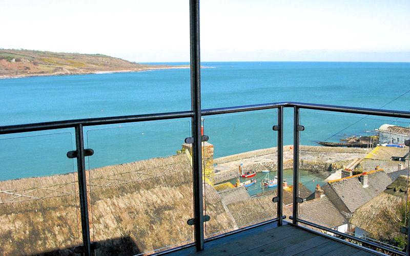 Boak Edge No1 Coverack - sea view Cornwall