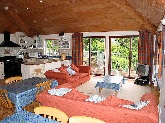 Family holidays in Cornwall - self catering large cottages