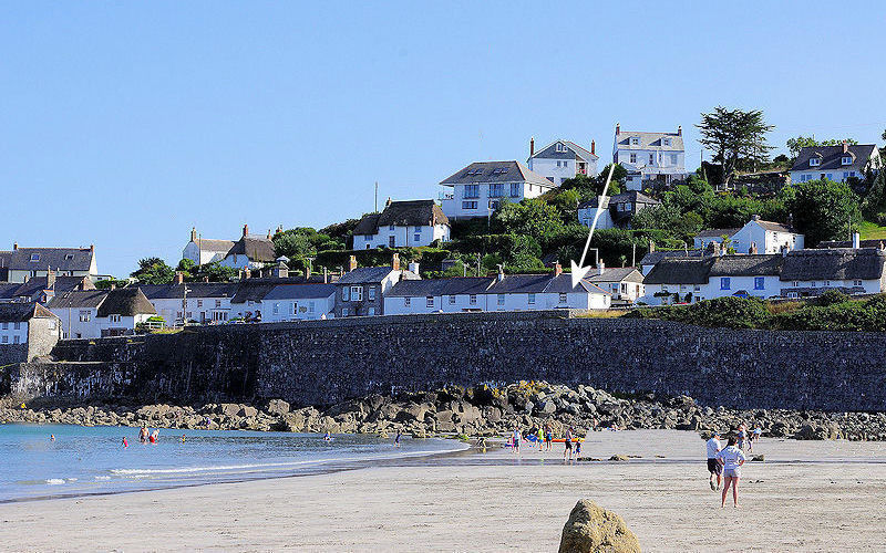 Harbour Cottage Coverack - location - self catering from Lindford House Cornwall