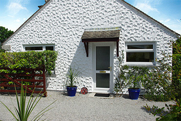 Meadow Barn Self Catering Coverack Cornwall