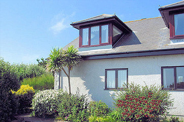 self catering coverack cornwall