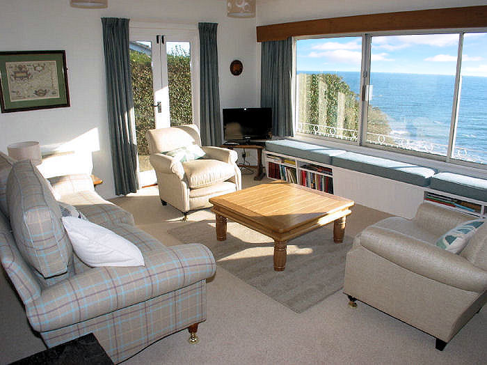 self catering cottage Cornwall - lounge