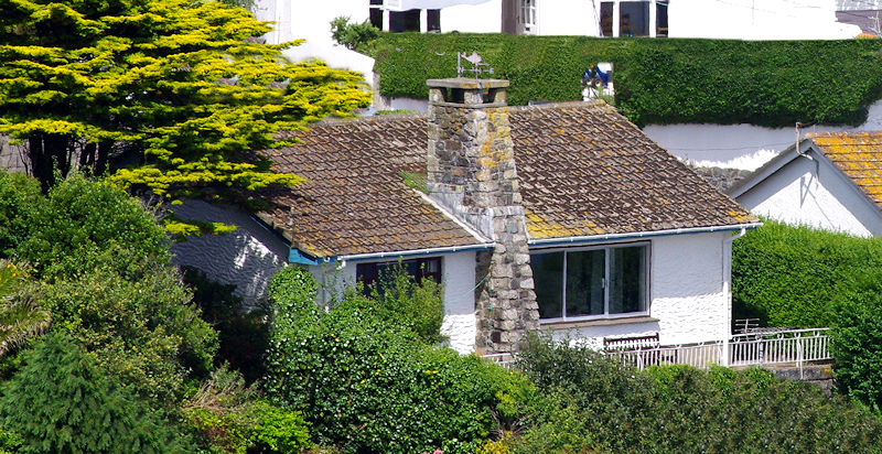 Pindos Cottage Coverack self catering Cornwall
