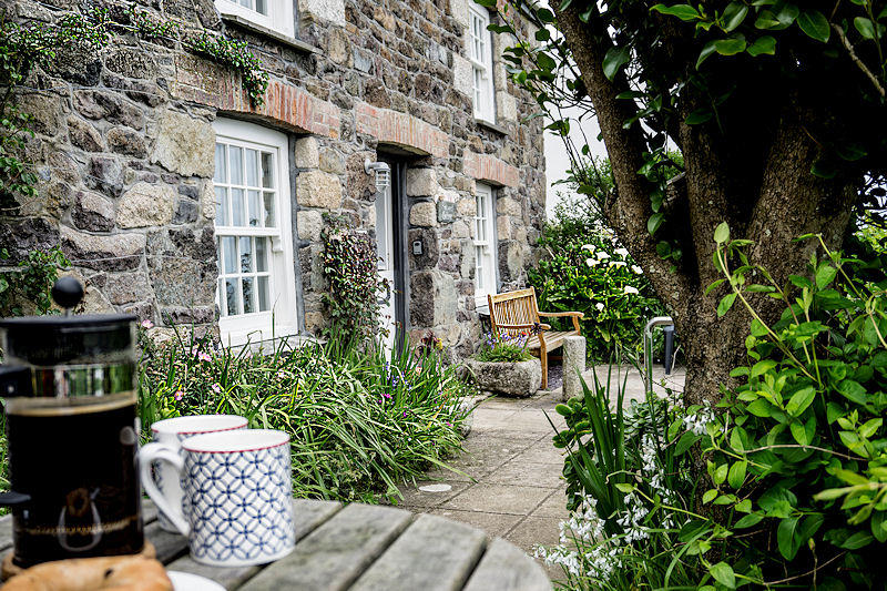 Traditional Cornwall Cottages - Self Catering from Lindford House