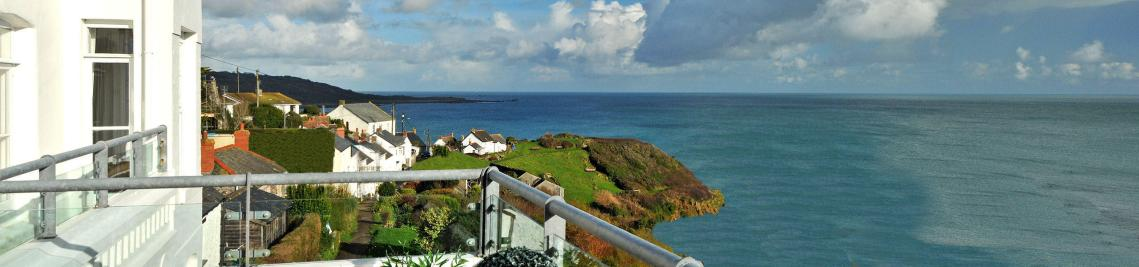 Self Catering cottage Coverack Cornwall