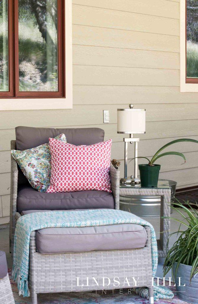 backyard patio seating-2