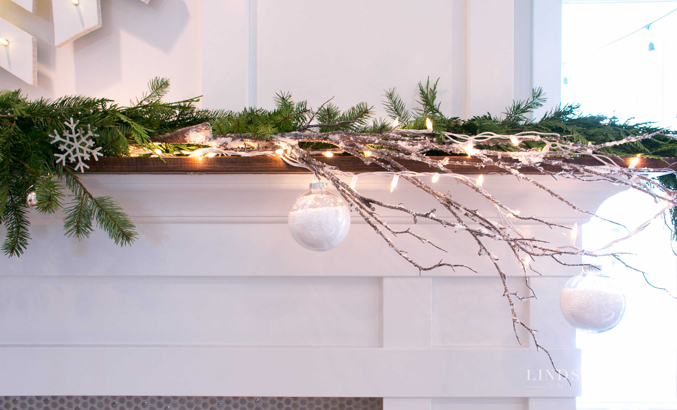lindsay hill interiors holiday mantle