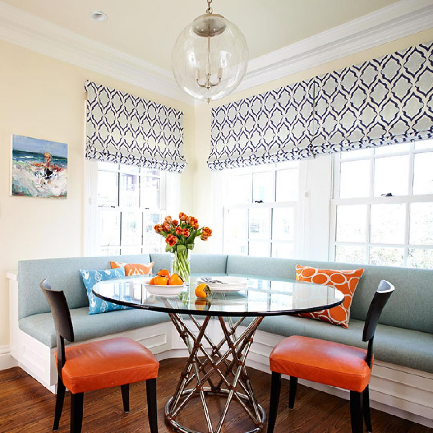 Sunroom Dining Room Creative: Banquette Or Upholstered Settee