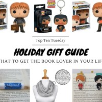 Holiday Gift Guide: What To Get The Book Lover In Your Life {Top Ten Tuesday}