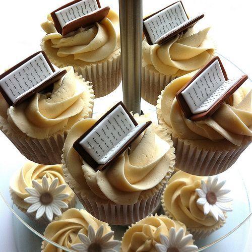 Book themed cupcakes mixed with signature range vanilla