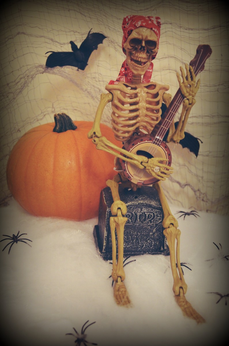 ALDI Halloween Skeleton