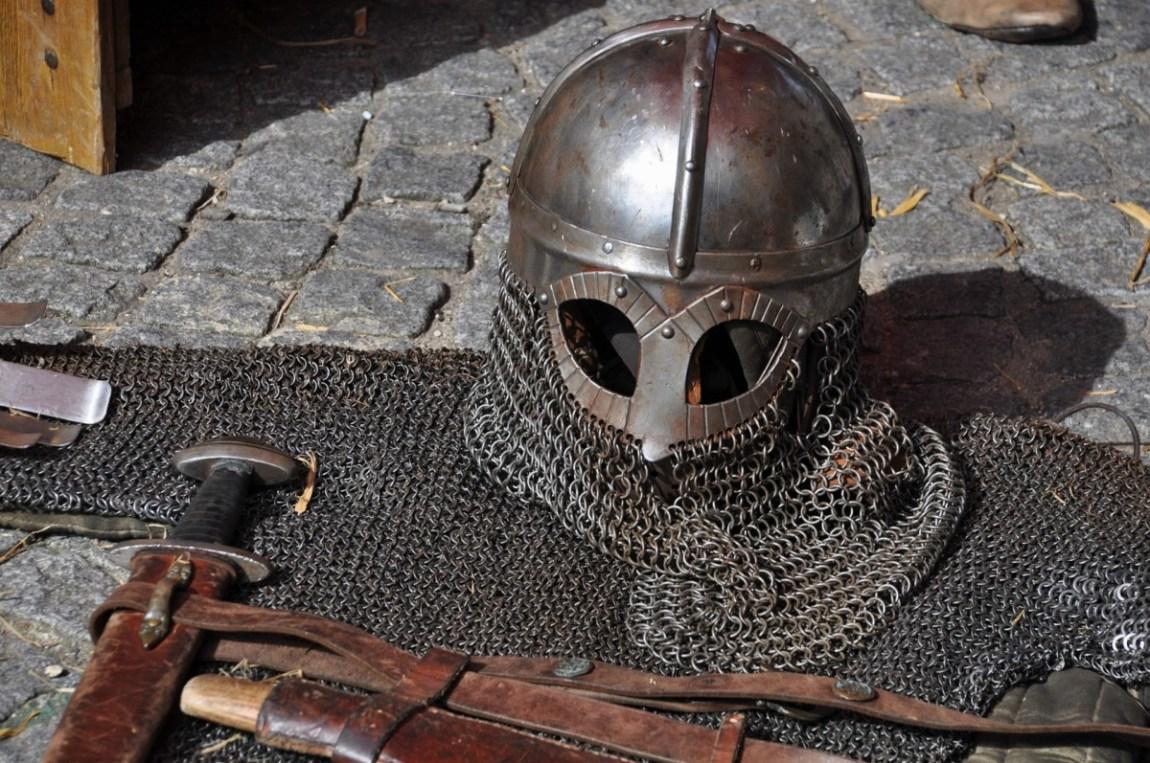 knight-1421359_1920