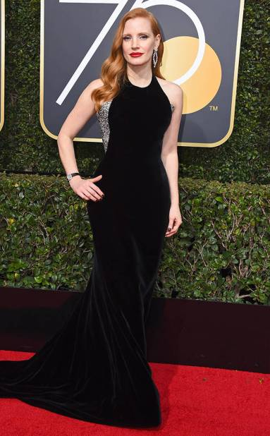 rs_634x1024-180107164818-634-red-carpet-fashion-2018-golden-globe-awards-jessica-chastain.ct.010718
