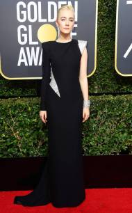 rs_634x1024-180107165146-634-red-carpet-fashion-2018-golden-globe-awards-Saoirse-Ronan