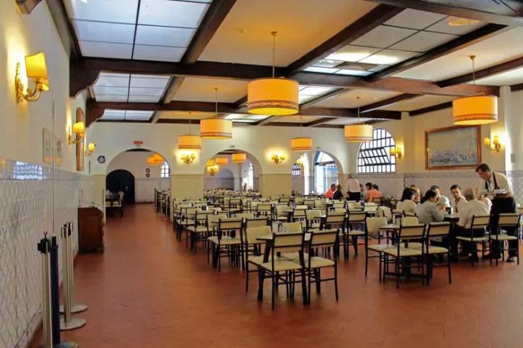 Sala grande dos pastis de Belém