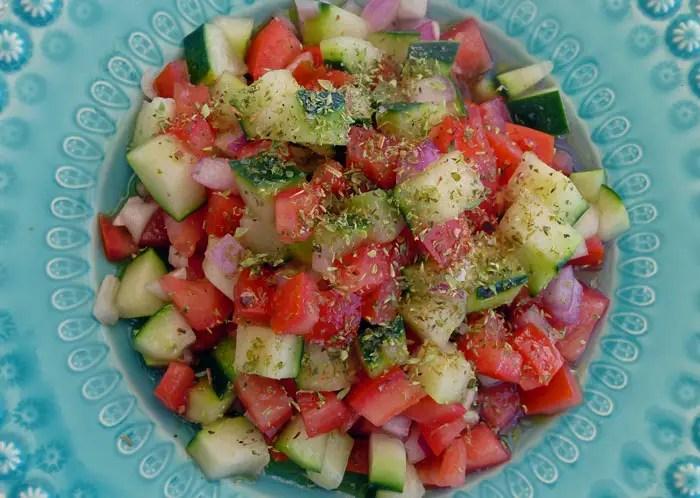 Ma petite salade d'été concombres tomates