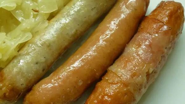 Saucisses grillées choucroute au cumin