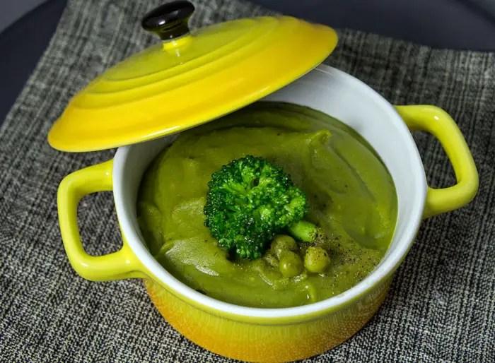 Purée verte aux petits pois et brocoli
