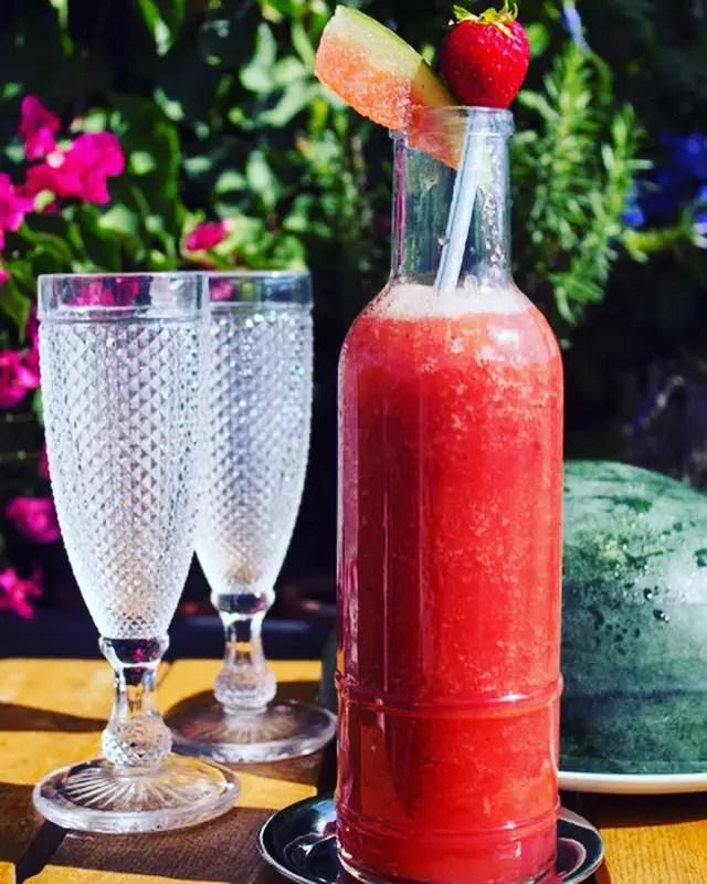 Smoothie pastèque fraises nature