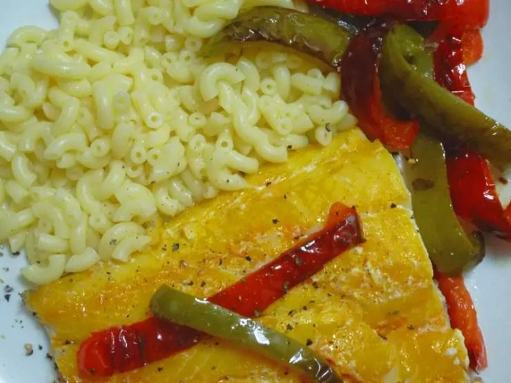Filet de haddock, poivrons et coquillettes