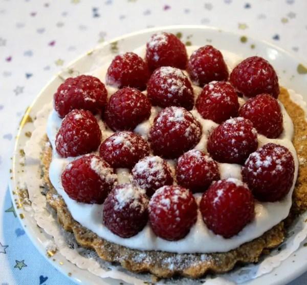 Tartelette aux framboises et à la Chantilly