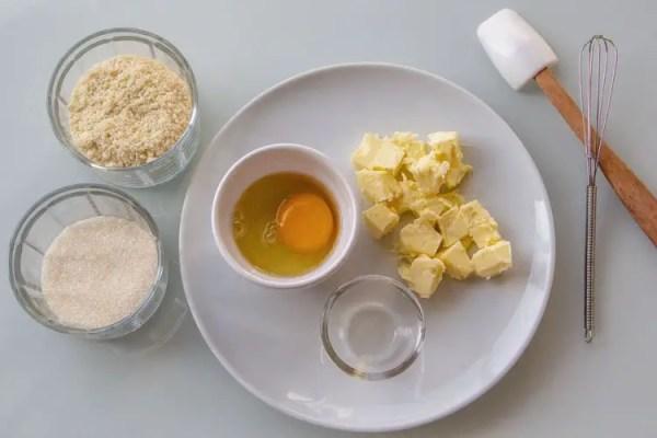 Ingrédients pour la crème d'amandes