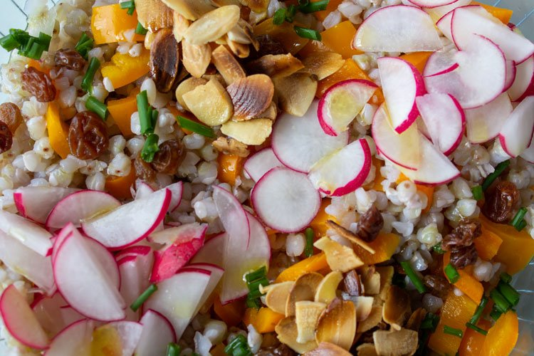 Salade composée aux graines de sarrasin