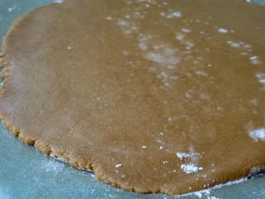Pâte à biscuits étalée