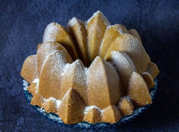 Gâteau Bundt-cake à la noix de coco