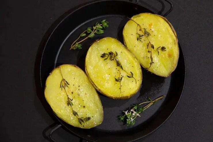 Pommes de terre vapeur rôties au four