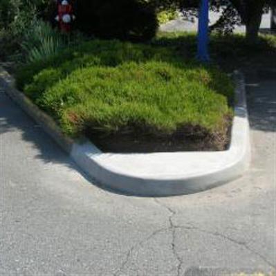 parking lot curb repairs & concrete