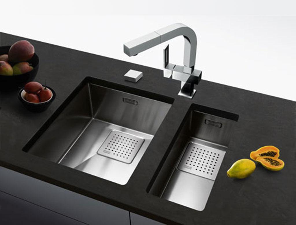 Il lavello in cucina  lineatre  kucita  gli esperti dellarredamento
