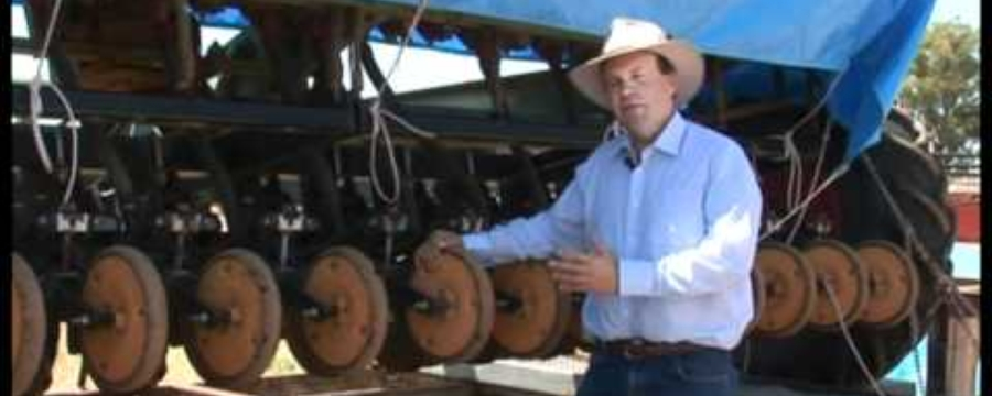 13 Bruce Marinard use of combine for no kill cropping.avi
