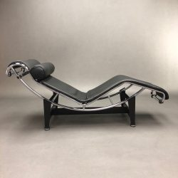 Chaise Longue LC4 Perriand Jeanneret Le Corbusier Cassina