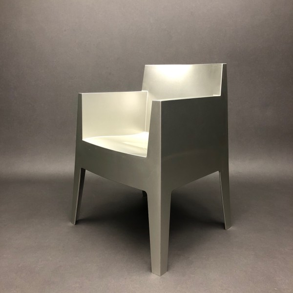 Fauteuil Toy Philippe Starck pour Driade