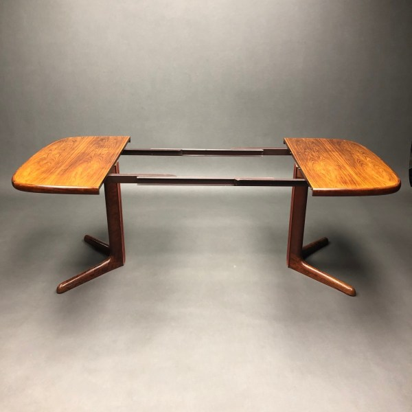 Table Møbelfabrik Danemark  en Palissandre Niels Otto Moller