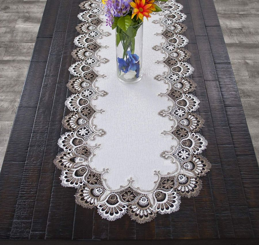 cocoa lace table runner – 16 x 35 oval