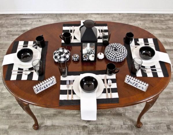 farmhouse table runner in black & white