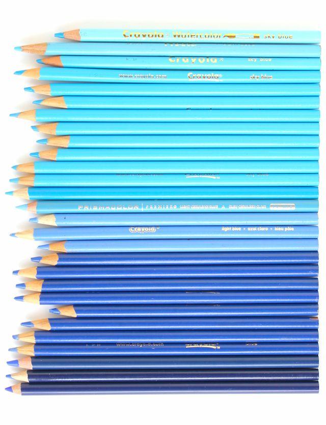 2 - blue colored pencils #lacolorstudies