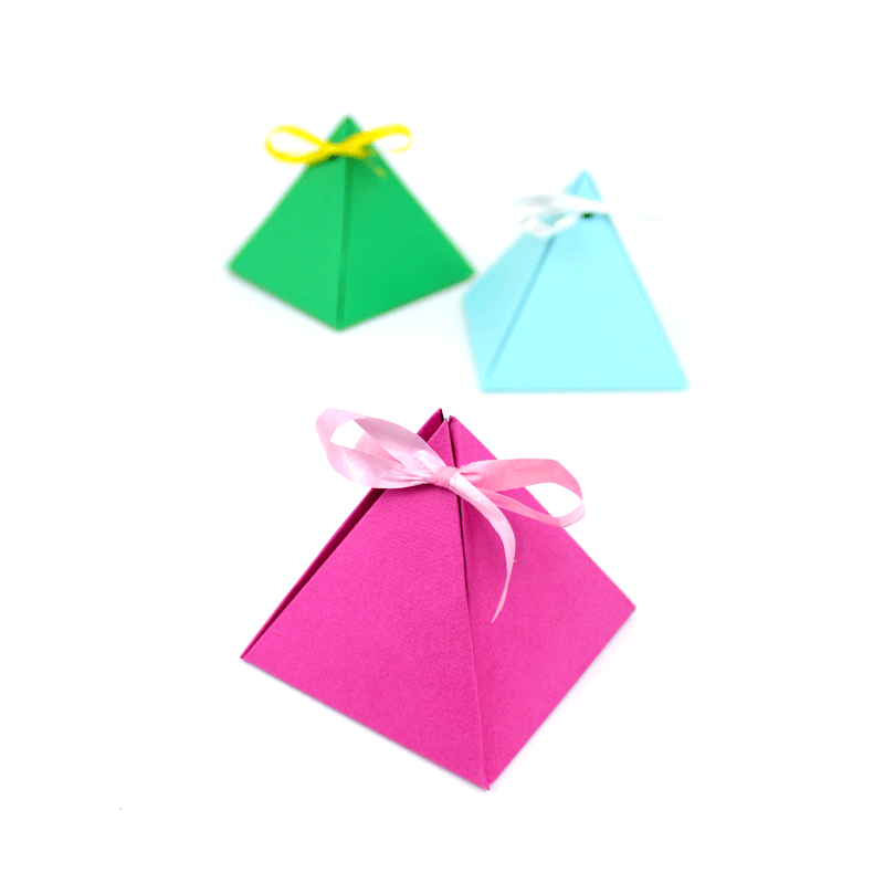 Paper pyramid gift boxes 2