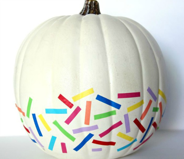 washi-tape-no-carve-pumpkin