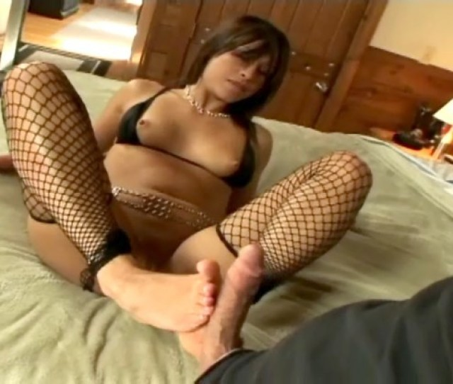 Jayna Oso Foot Fetish Video  Click To View This Foot Job Fetish Video