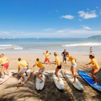 students_at_surf_class