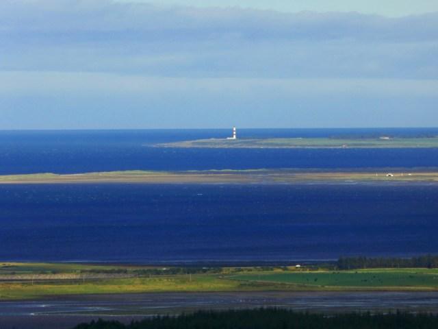 Un phare au loin
