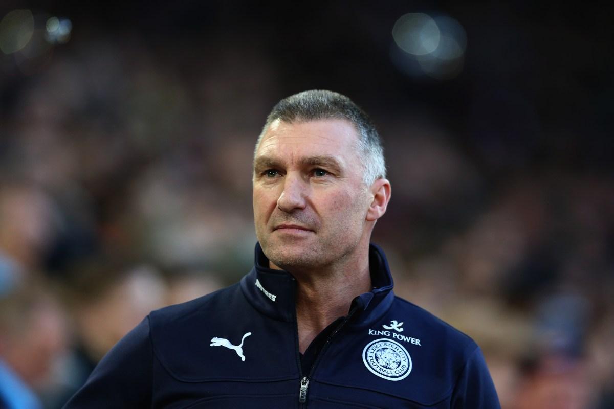 """Nigel Pearson, técnico responsável pelo acesso do Leicester à PL e pela permanência dos foxes na primeira divisão. Demissão teria sido por """"atritos com a diretoria"""". Foto: Getty Images"""